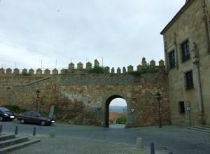 Ávila, Puerta de la Santa