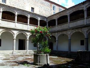 Ávila, Monasterio de Santo Tomás, Claustro del Noviciado