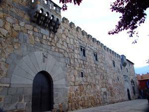Ávila, Palacio de los Dávila