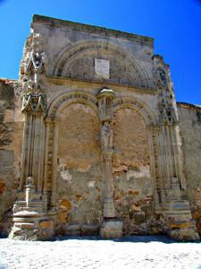 Ávila, Restos del hospital de Santa Escolástica
