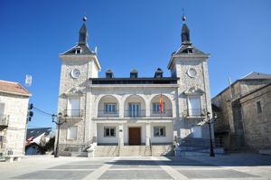 Alpedrete, Ayuntamiento