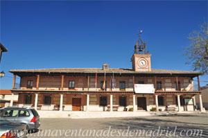 Casarrubuelos, Ayuntamiento
