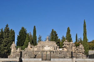 Cerro de los Ángeles, en Getafe, restos del antiguo Monumento al Sagrado Corazón de Jesús