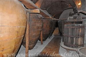 Valdelaguna, Tinajas y prensa del Museo del Vino