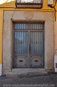 Villa del Prado, Dintel de la Calle La Rosa, 1