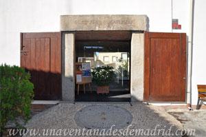 Villa del Prado, Dintel del Centro Cultural Pedro de Tolosa