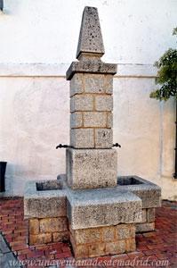 Villamantilla, Fuente de piedra de la Calle Don José de la Morena