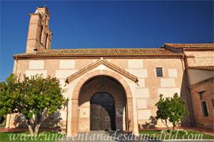 Villamantilla, Acceso principal a la Iglesia de San Miguel