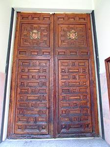 Hospital de Incurables de Nuestra Señora del Carmen, Antiguas puertas de entrada