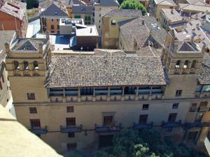 Huesca, Ayuntamiento
