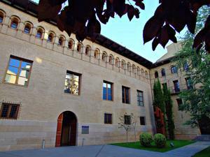 Huesca, Palacio de Villahermosa