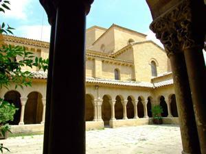 Huesca, Claustro de la Iglesia de San Pedro el Viejo