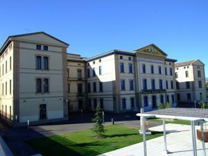 Huesca, Antigua Residencia Provincial de Niños