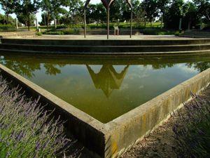 Jardín de las Tres Culturas, Estanque Cristiano