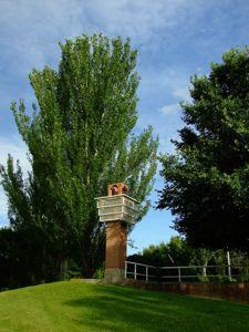 Jardín de las Tres Culturas, Torre