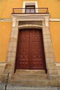 Madrid, Carlos II, Portada principal del Colegio de San Ildefonso