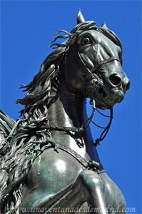Madrid, Felipe IV, Detalle de la Estatua ecuestre de Felipe IV