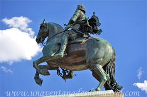 Madrid, Felipe IV, Lateral Norte de la Estatua de Felipe IV
