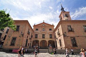 Madrid, Felipe IV, Iglesia de San Ginés y Capilla del Santo Cristo