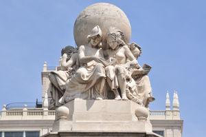 Monumento a Miguel de Cervantes, Europa y América leyendo juntas El Quijote