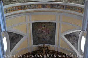"""Madrid, Cubierta del presbiterio con la pintura """"Alegoría del Sagrado Corazón de Jesús"""" de la Iglesia del Monasterio de las Mercedarias Descalzas """"las Góngoras"""""""
