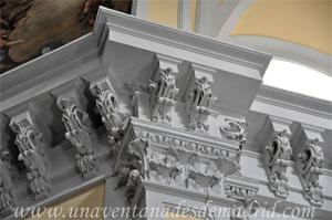 """Madrid, Detalle de la cornisa y el capitel de la Iglesia del Monasterio de las Mercedarias Descalzas """"las Góngoras"""""""