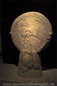 Museo Arqueológico Nacional, Estela con guerrero celtibérica de la Edad del Hierro