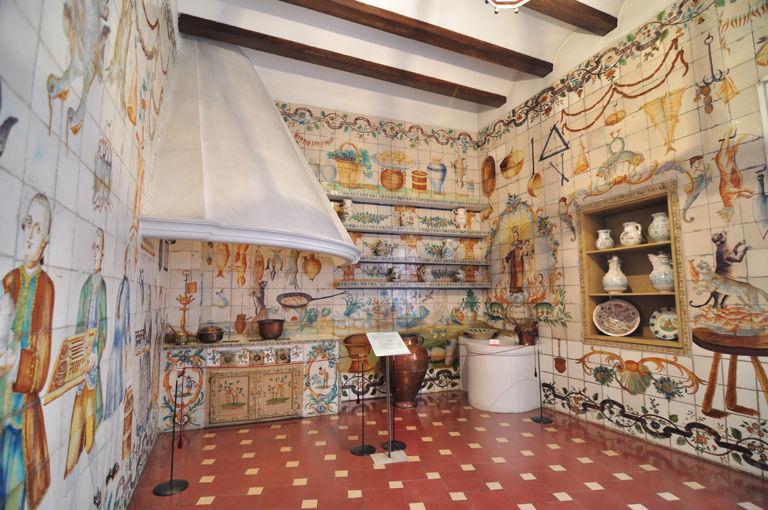 Museo nacional de artes decorativas y ii for Cocina valenciana