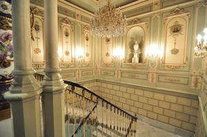 Museo Nacional de Artes Decorativas, Escalera Noble