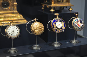 Museo Nacional de Artes Decorativas, Relojes de bolsillo de los siglos XVII y XVIII