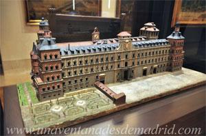 """Museo de Historia de Madrid, Modelo de la fachada principal del Alcázar de Madrid"""", atribuido a Giovanni Battista Crescenzi entre los años 1630 y 1646"""