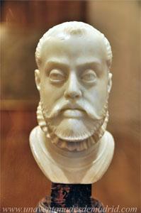 Museo de Historia de Madrid, Busto de Felipe II, de Pompeo Leoni. Alrededor del año 1575
