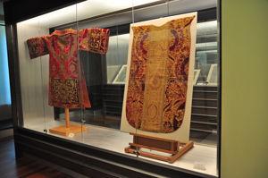 """Museo Lázaro Galdiano, Sala 24: """"Piezas textiles siglos xv y xvi"""""""