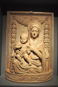 Museo Lázaro Galdiano, Altorrelieve Madonna Cernazai