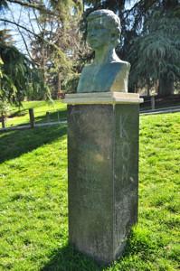 Parque de Berlín, Monumento a Álvaro Iglesias Sánchez