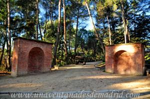 Dos fuentes gemelas de ladrillo de la Quinta de los Molinos