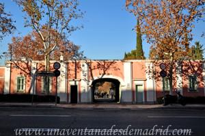 Entrada principal a la Quinta de los Molinos