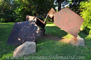 Quinta de la Fuente del Berro, Escultura abstracta II