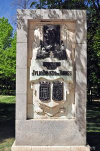 Campo Grande en El Retiro, Monumento a Julio Romero de Torres