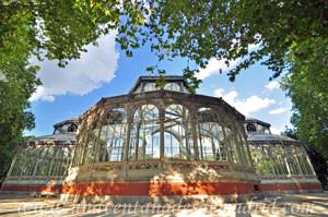 """Campo Grande en El Retiro, """"Ábside"""" del Palacio de Cristal"""