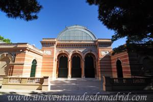 Campo Grande en El Retiro, Fachada posterior del Palacio de Velázquez