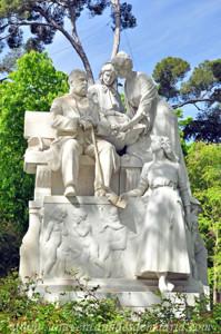 Campo Grande en El Retiro, Grupo central del Monumento a Campoamor