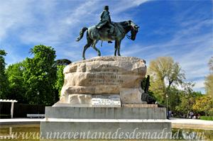 Retiro, Vista lateral del Monumento al General Martínez Campos