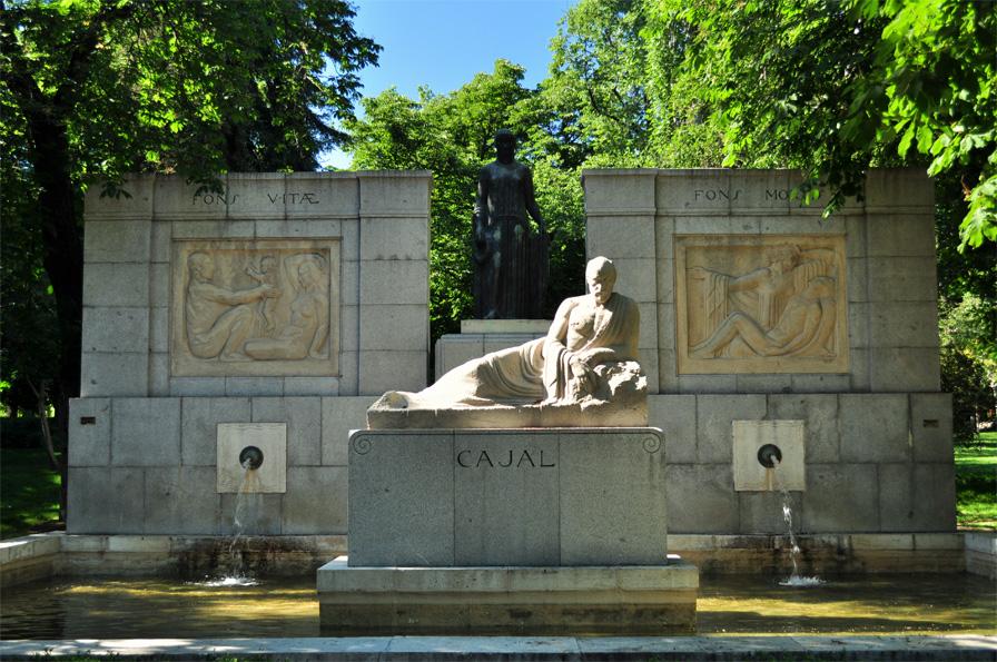 Monumento parte 1 - 2 4