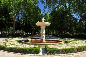 Parque del Retiro, Fuente de las Cuatro Sirenas