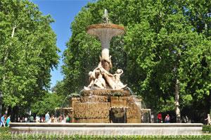 Parque del Retiro, Fuente de Isabel II