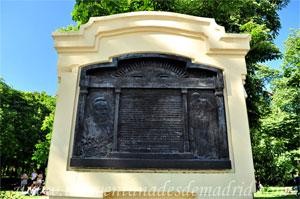 Parque del Retiro, Monumento a Hipólito Yrigoyen