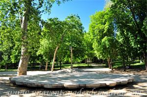 Parque del Retiro, Cruceiro y Vieira de la Plaza de Galicia - El Retiro, La Zona de Recreo