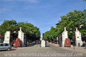 Parque del Retiro, Puerta del Ángel Caído