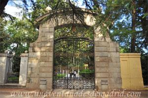 Parque del Retiro, Puerta Oeste de los Jardines de Cecilio Rodríguez